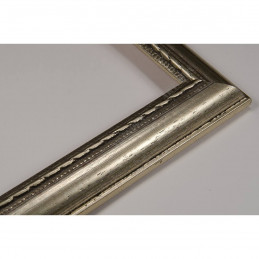 ASO111.23.044 23x15 - wąska cortesella srebrna rama do obrazów i luster