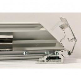 ALUZ9 - szeroka rama aluminiowa ukośna - przekrój z otwartymi zatrzaskami